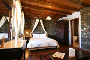 Superior Rooms Type B, Rouga Chalet & Suites: Palios Agios Athanasios hotels Kaimatsalan suites rooms jacuzzi fireplace